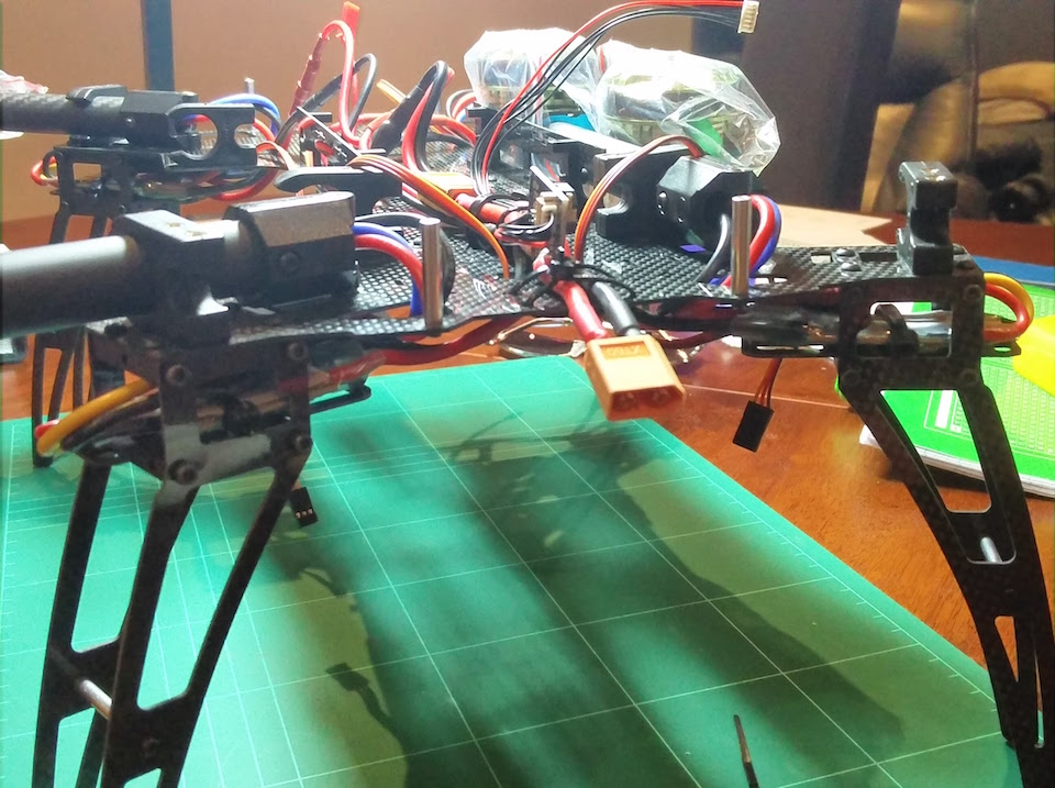 quadcopter frame with assembled electrics